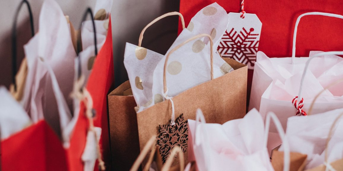 Tips on Christmas Shopping During the Menopause